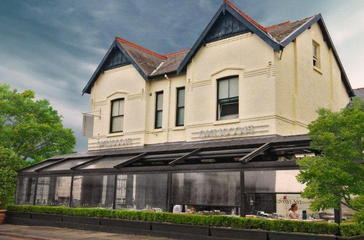 windstor-vertical-zip-blind-in-black-on-restaurant